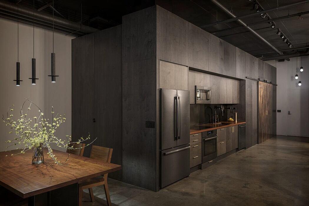 Western Studio in Seattle by goCstudio