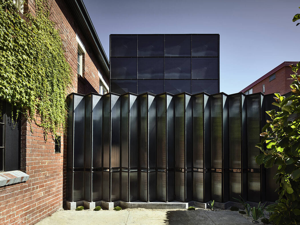 Powell Street House by Robert Simeoni Architects - 1