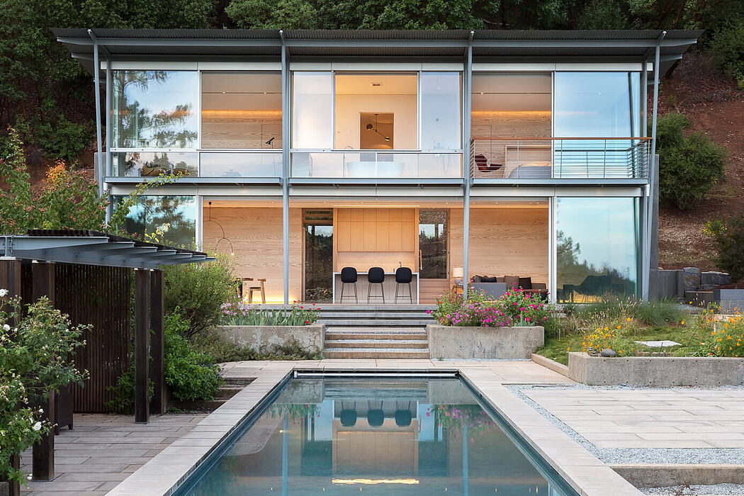 Sunrise by Feldman Architecture