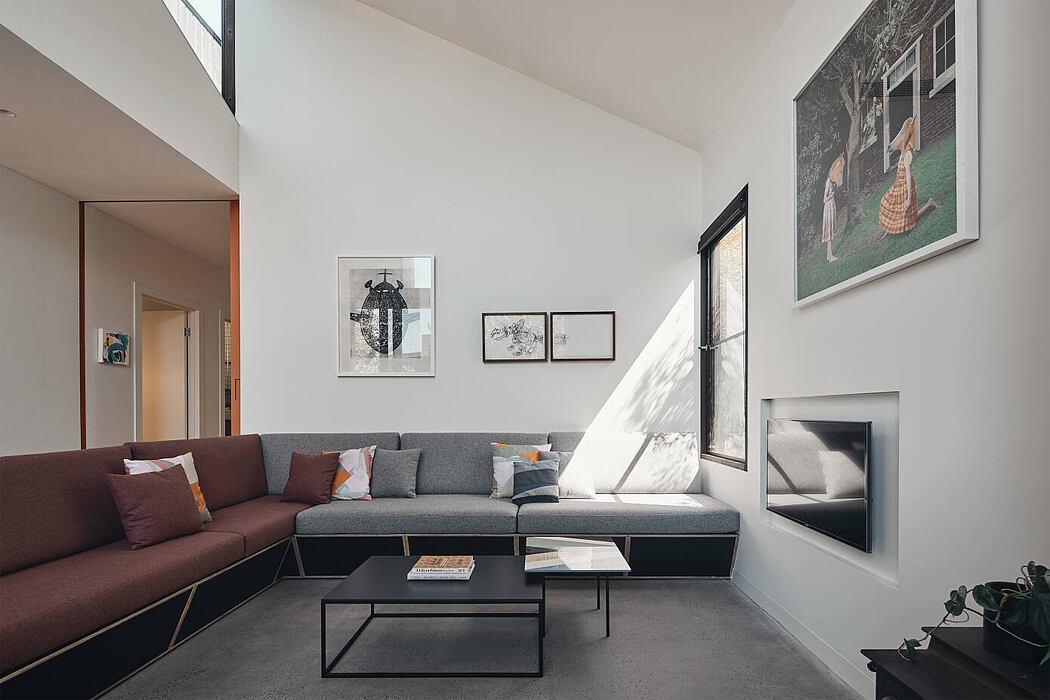 Split House by FMD Architects