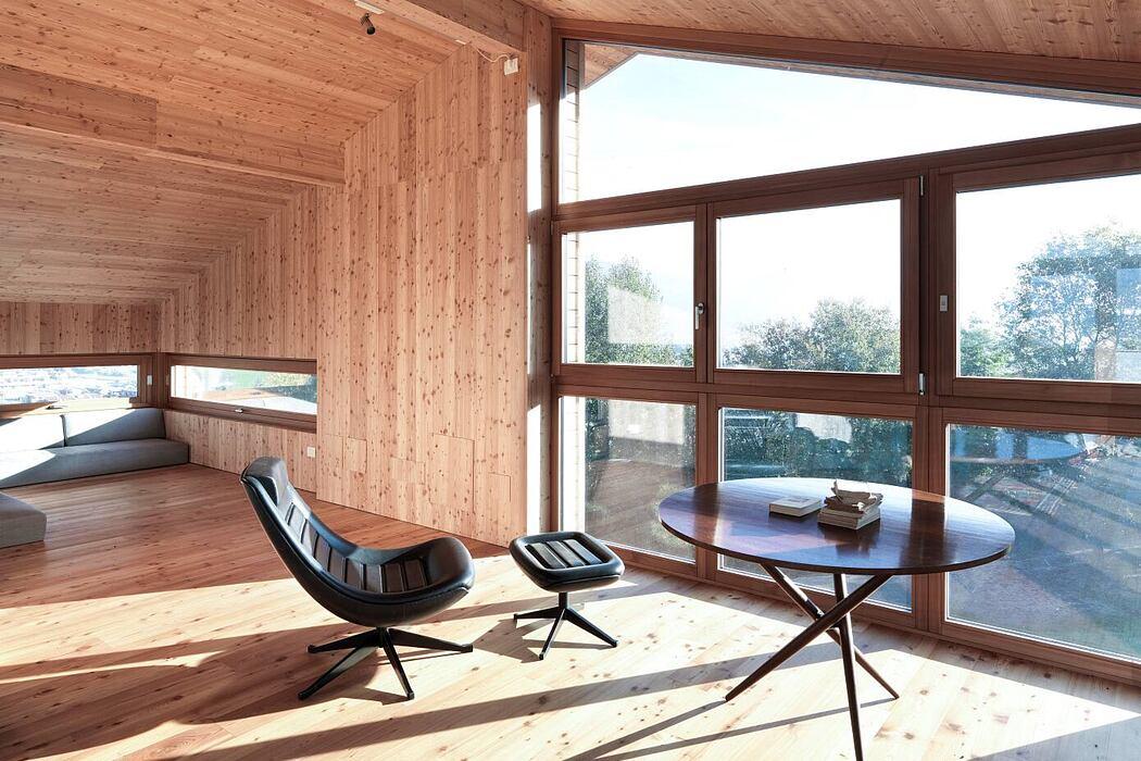 """Villa """"il Roccolo"""" in Clusone by Edoardo Milesi & Archos"""