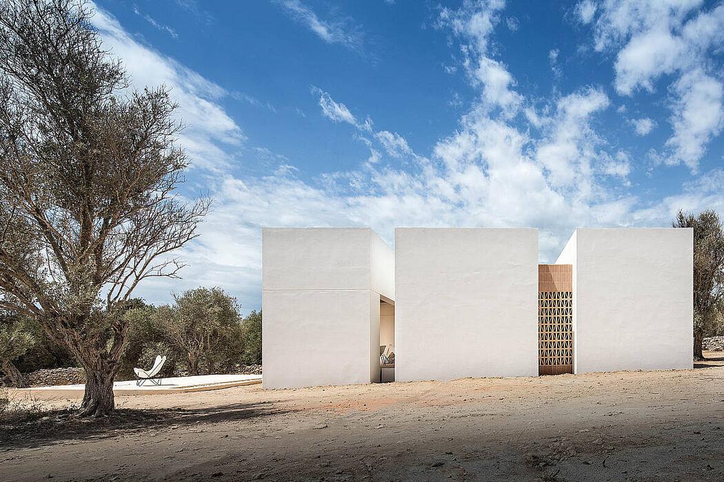 Es Pou by Marià Castelló, Architecture