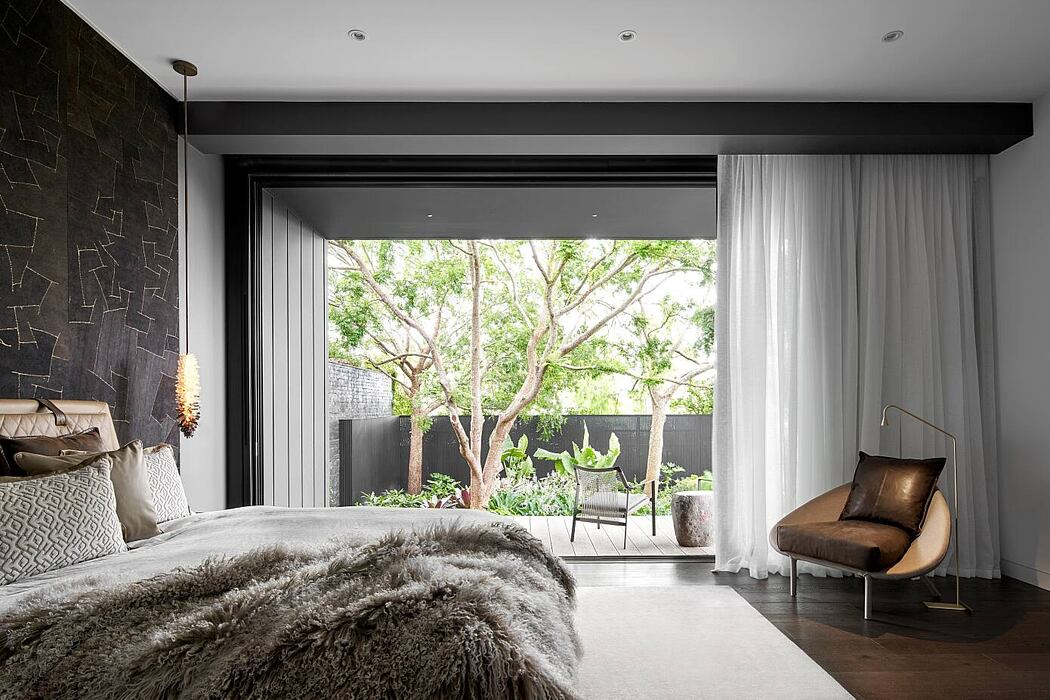 Allis Residence by In Design International